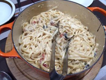carbonara with smoked salmon