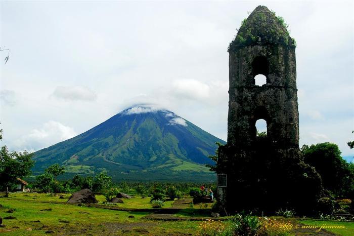 mayon-volcano